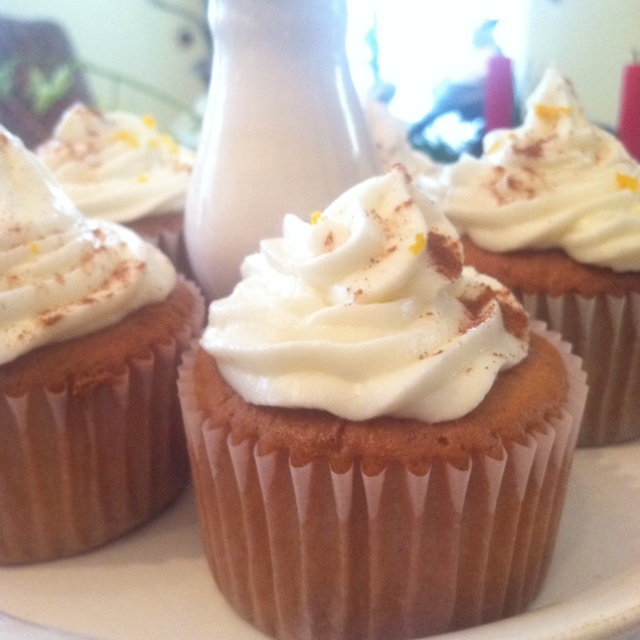 Even more chai latte cupcakes! Haha | Drooling. | Pinterest
