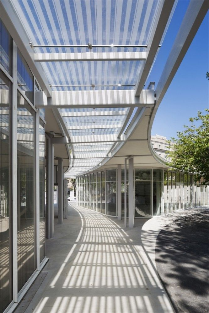 Brooklyn Botanic Garden Visitor Center - striped shade mimics light filtering through a tree canopy