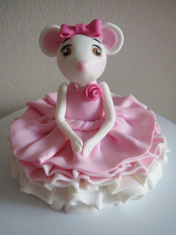edible sitting ballerina mouse cake topper