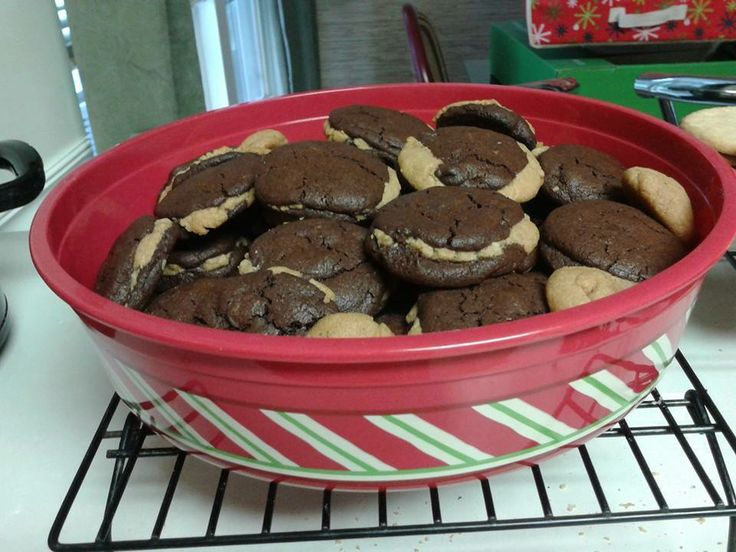 Chocolate Fudge Peanut Butter Cookie Stuffed Cookies http://picky ...