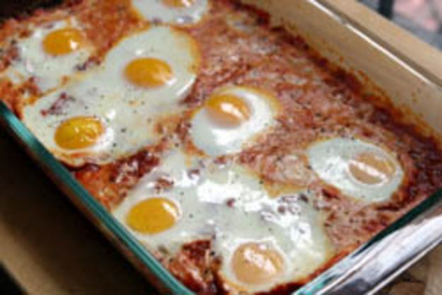Dinner Tonight: Eggs in Purgatory (Eggs Baked in Tomato Sauce)