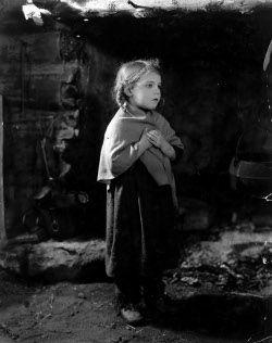 Fay McKenzie 1918 - still living