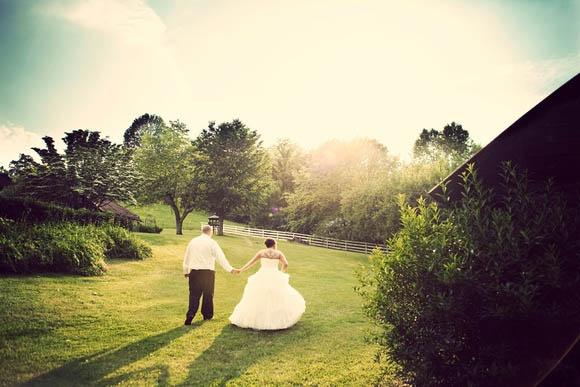 Wedding Venues --> Apple Hill Farms
