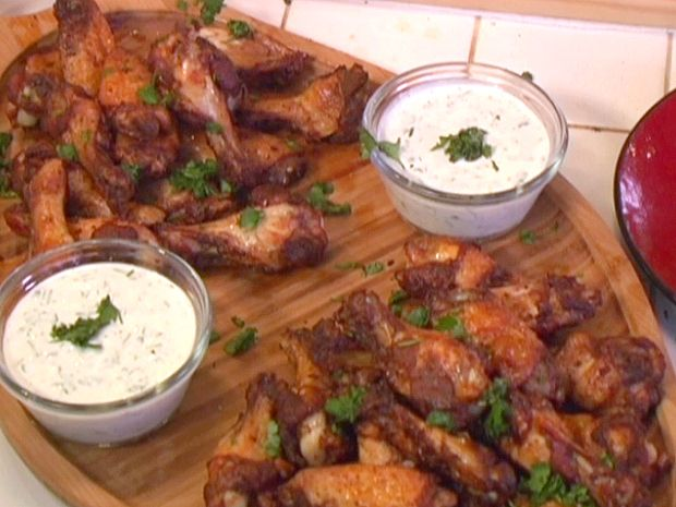 Spicy Chinese Five-Spice Rubbed Chicken Wings with Creamy Cilantro Di ...