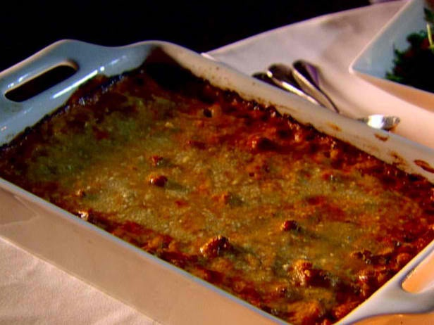 Pastitsio by Ina Garten - Greek Lasagna. Just saw this on TV - must ...