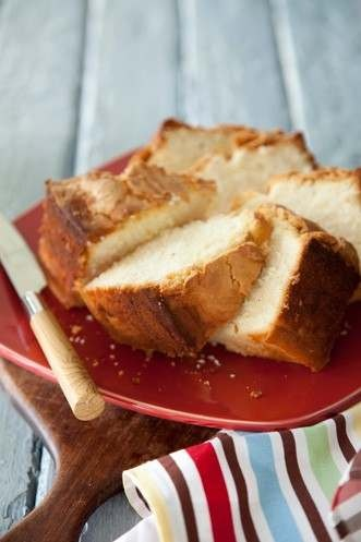 paula dean strawberry pound cake