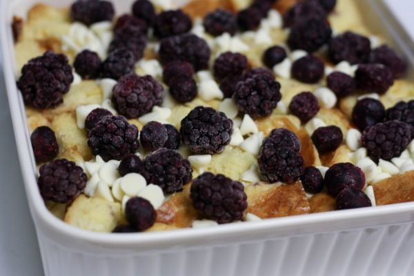 White Chocolate Berry-Cherry Bread Pudding | deserts | Pinterest