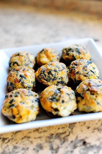 last! Spicy + Spinach + Mushroom!!!! Spicy Spinach-Stuffed Mushrooms ...