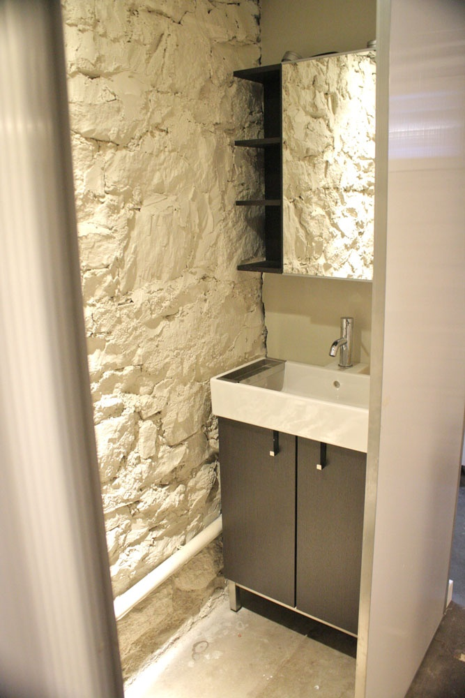 Small half bath best design for your home remodel