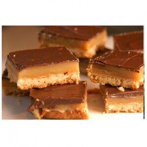 Chocolate caramel shortbread bars | sweet treats | Pinterest