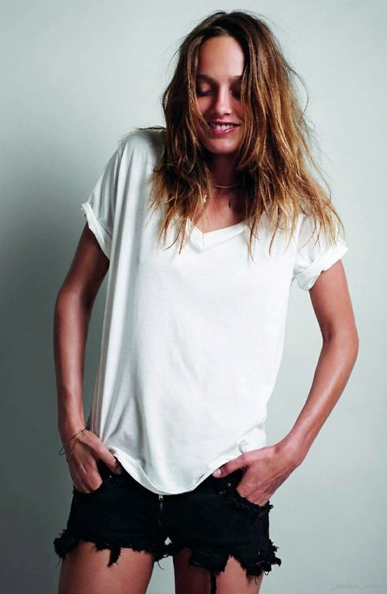 Classic white T shirt