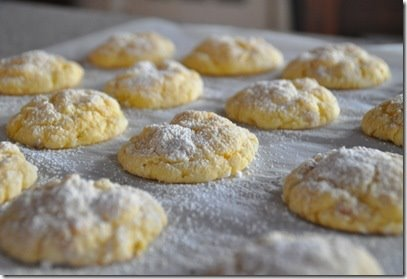 Cream Cheese Cake Mix Cookie. Cream cheese, butter, egg, rum extract ...
