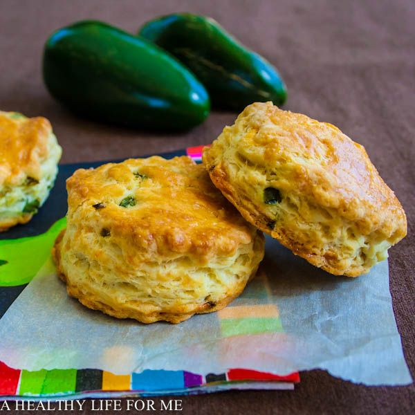 Cheddar And Jalapeno Biscuits Recipe — Dishmaps