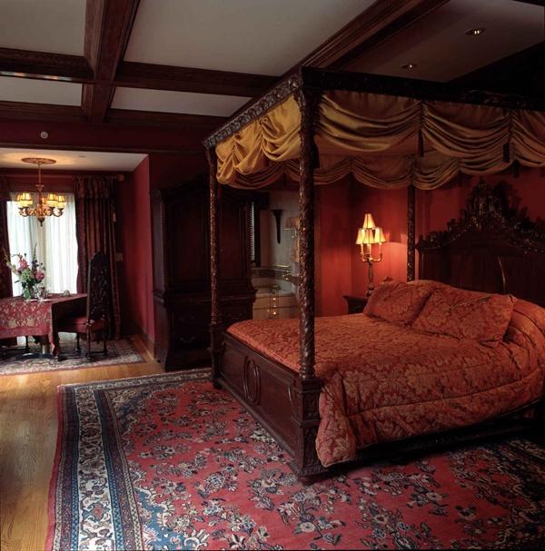 Tudor bedroom dolls house inspo pinterest for Tudor style bedroom