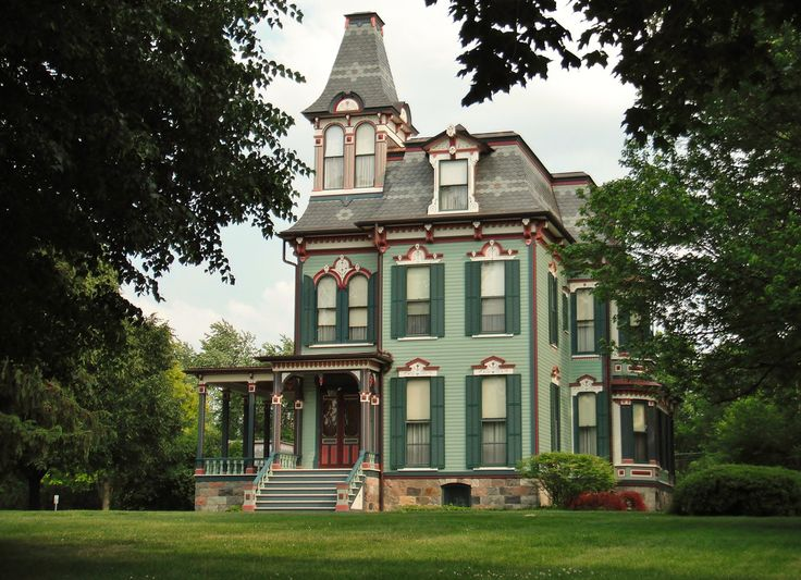 Pin By Lynda Aplin On Interesting Old Houses Pinterest