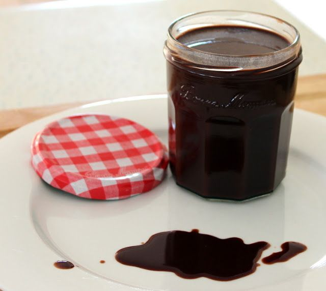 The Best Ever Low-Fat Chocolate Sauce | Low fat desserts and sweets ...