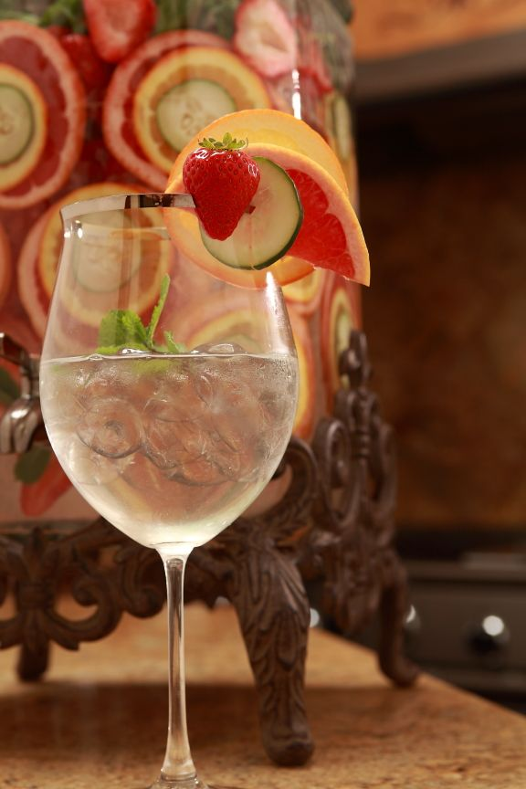 Essential Tips to Adopting a Healthy Water Routine ~ Replace Soda with Homemade Fruit Infused Spa Water Recipes!