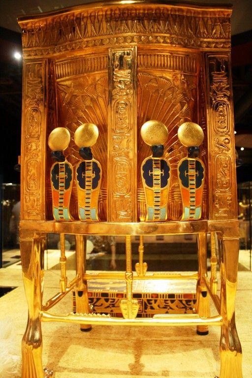 Ancient egyptian chair - King Tut Treasures Antico Egitto Pinterest