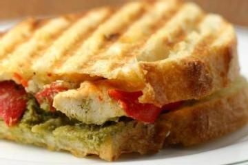Chicken Pesto Paninis they look yummy and easy!!!