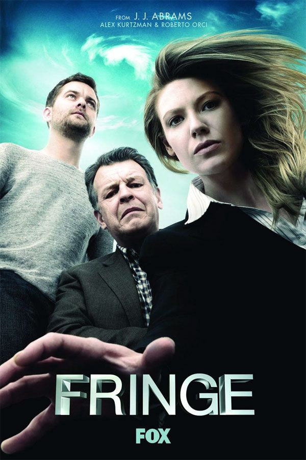 Fringe, SciFi meats mystery, 2 parallel worlds, that somehow have to except each others existance, Joshua Jackson and John Noble (!) did the trick for me.   I like.