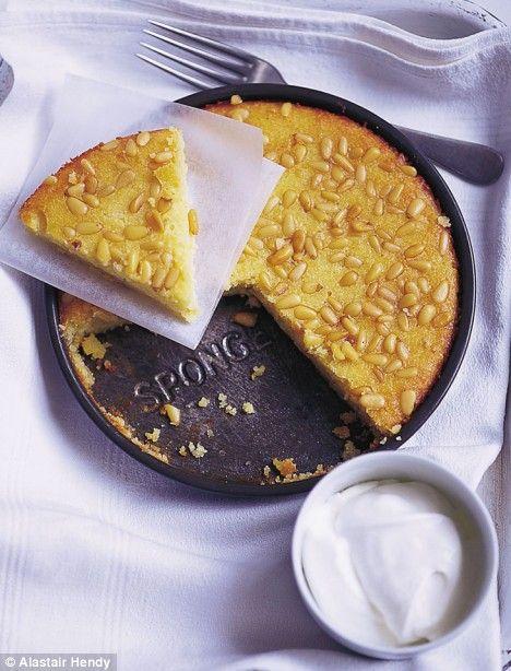 Flourless lemon almond cake