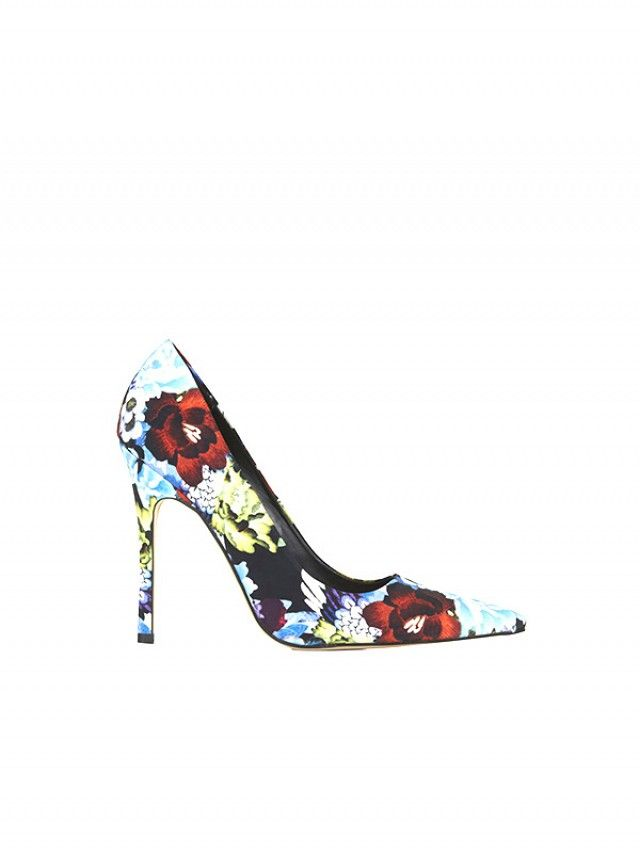 26 Amazing Statement Heels To Elevate Your Outfit