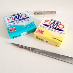 Little magnets for the fridge or memo board made of fimo. An easy tutorial in German and English.