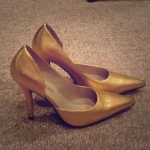 Colin Stuart Shoes - Gold pointy heels