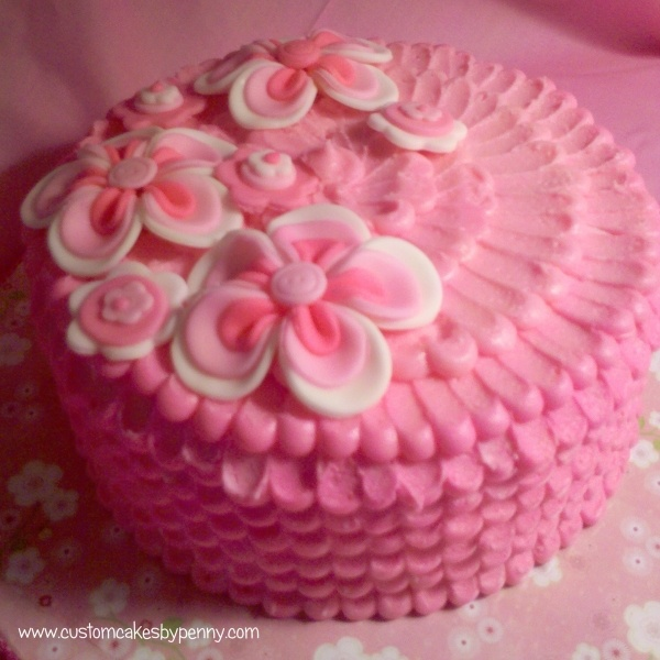 Cake Decorating Buttercream Ideas : Pin by Paula Rodrigues on 6 - Cakes: BUTTERCREAM Pinterest