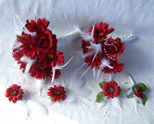 Red Gerbera Wedding Bouquets : Wedding bouquet red roses and gerbera daisies piece set