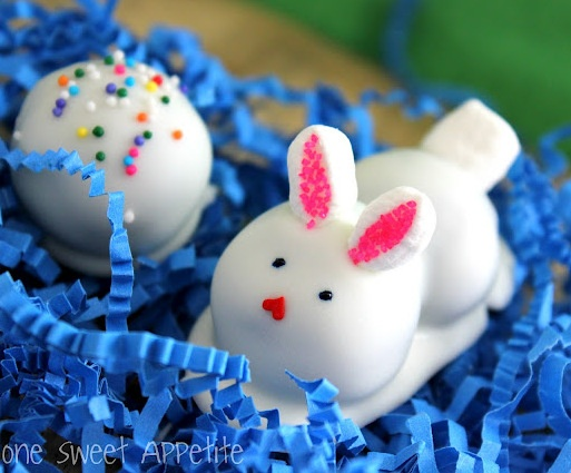 Party Frosting: Now on to Easter! ...bunny inspiration!