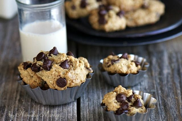 Oatmeal Coconut Chocolate Chip Cookies | Sugar & Spice and Everything ...