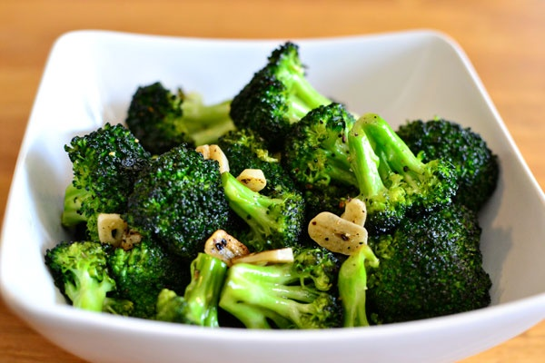 Roasted broccoli with garlic. | food | Pinterest