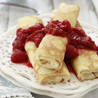 Culinary Secrets » Easy Dessert Crepes with Ricotta and Raspberries