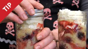How to bake cakes in a jar...