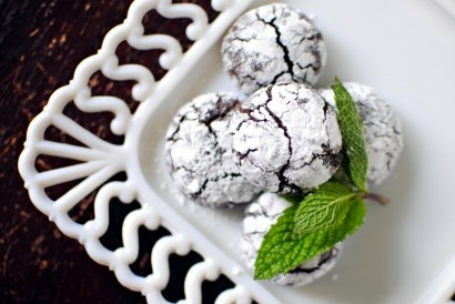 Dark Chocolate Mint Crackle Cookies | Recipe