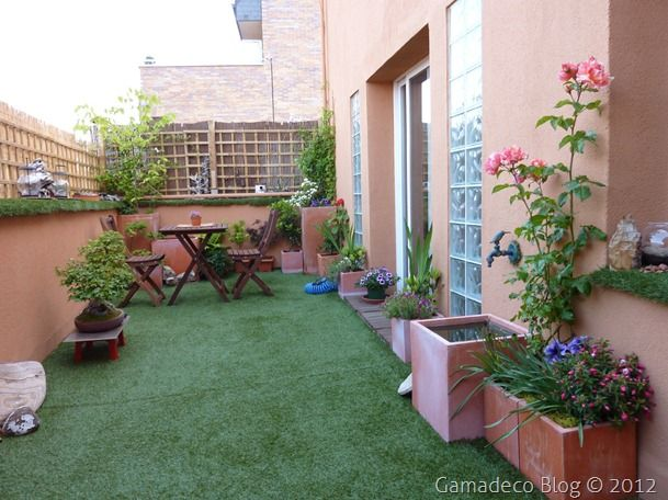 Terraza con c sped artificial jardines pinterest - Cesped artificial terraza ...