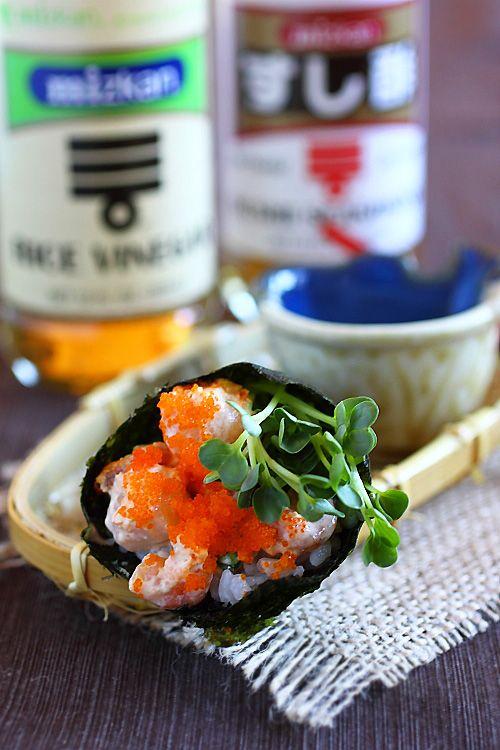 Hand Roll (Temaki) Recipe | Easy Asian Recipes http://rasamalaysia.com ...