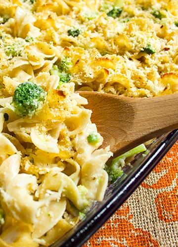 Skinny Baked Mac and Cheese with Broccoli | Recipe