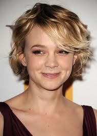 Link Haircut : Carey Mulligan, growing out hair Short or Long? Pinterest