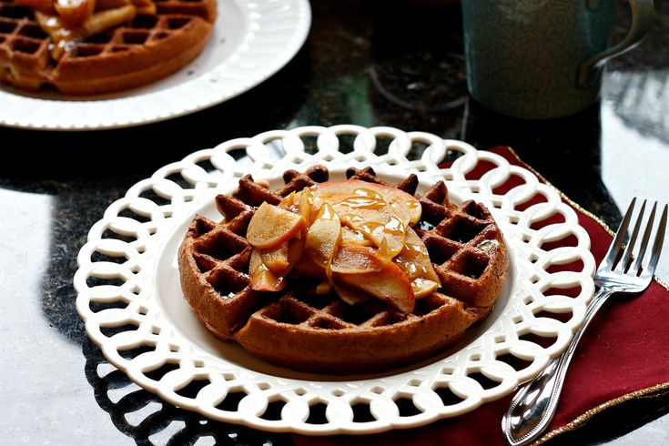 Apple Pie Waffles with a Cider Syrup | Wonderful World of WAFFLES | P ...