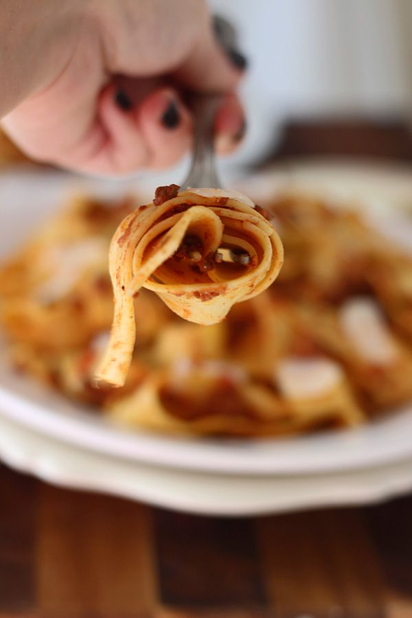 Slow-Cooker Bolognese Pappardelle by cookingforkeeps #Pasta #Slow ...