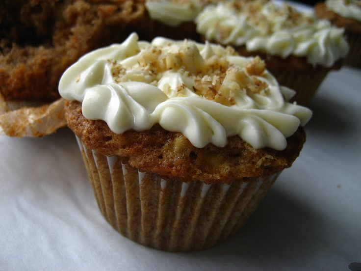 Carrot-Apple Cake ....made into Cupcakes | Yum Yum | Pinterest