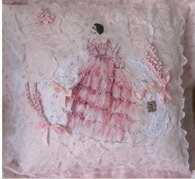Pretty, pink ruffle pillow~❥