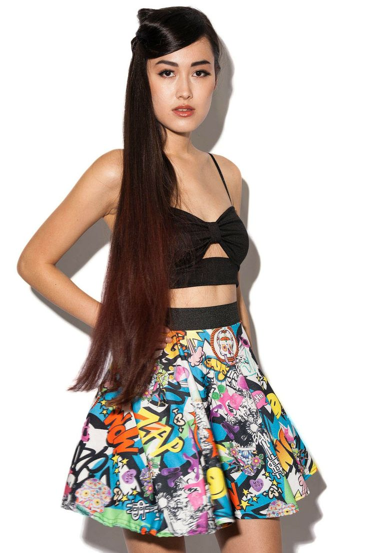 #theScarpetta  #freeshoes Leda Jersey Skater Skirt In Comic Print