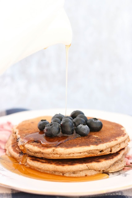blueberry multigrain pancakes | is that hummus? | Pinterest