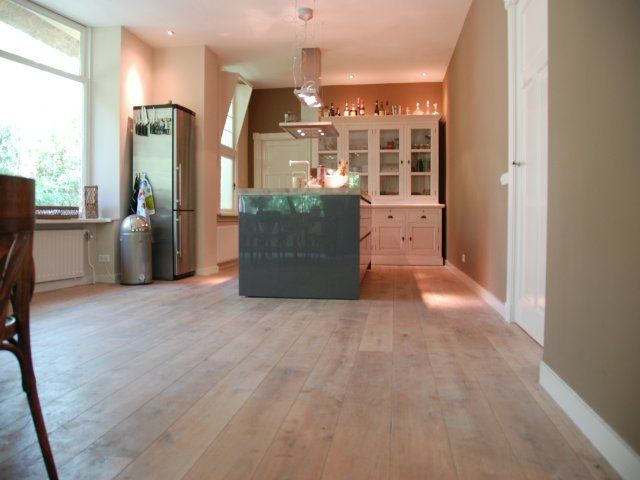 Donkere Eiken Keuken Lichter Maken : Sfeer impressies – Foto's van houten parket en laminaat vloeren gelegd