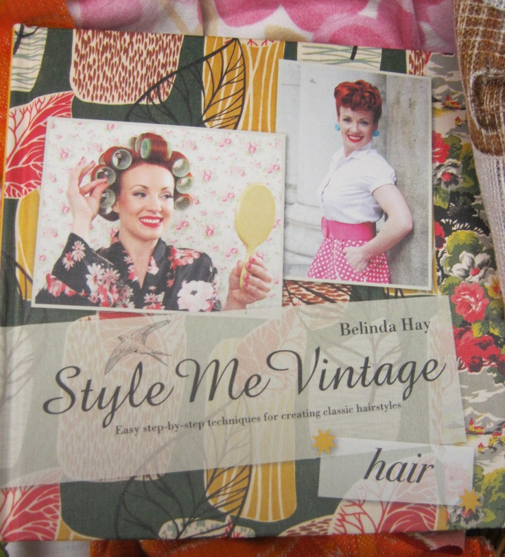 ... step to step instructions of how to have that vintage looking hair