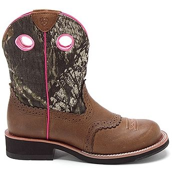 Ariat Fatbaby Boots :) I love these!