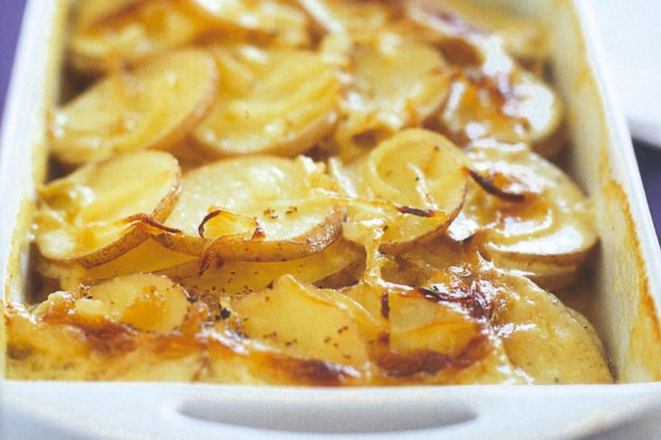scalloped potatoes | Dinner for the uni student | Pinterest